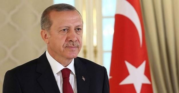 Cumhurbaşkanı Erdoğan 02.32'de Halka Hitap Edecek!