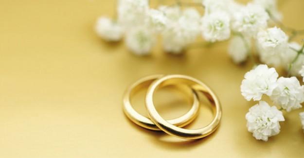 Düğünlerde Yapılması Sünnet Olan 6 Şeyi Biliyor Musunuz?