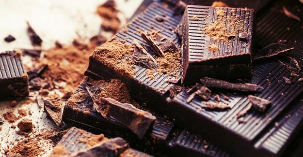 Erken Doğumun En Büyük Düşmanı: Bitter Çikolata!