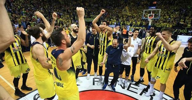 Fenerbahçe Basketbol Takımı Tarih Yazmaya Hazırlanıyor
