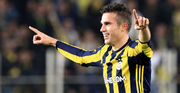 Fenerbahçe'ye Van Persie 'den Kötü Haber!