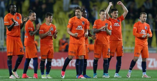Fenerbahçe'yi Yenen Başakşehir Adını Finale Yazdırdı