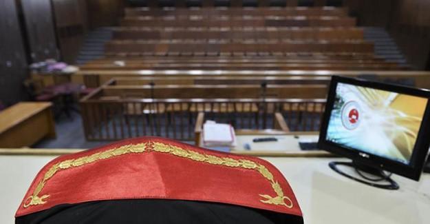 FETÖ'cü Haine Mahkeme Başkanı'ndan Sert Yanıt! Hikaye Anlatma