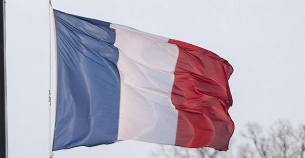 Fransa'da OHAL 6'ncı Kez Uzatılıyor