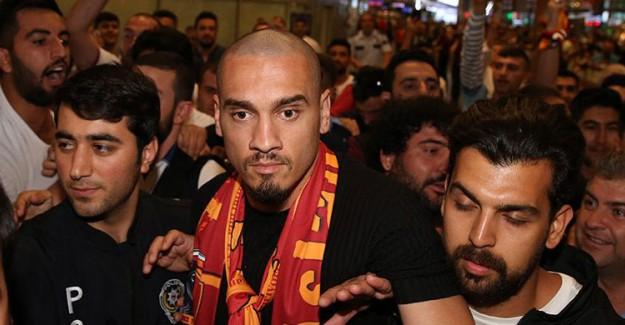 Galatasaray Maicon Transferini Borsaya Bildirdi