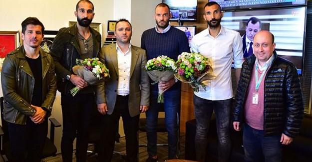 Gazeteci Döven Başakşehirli Futbolculara Şok Ceza!