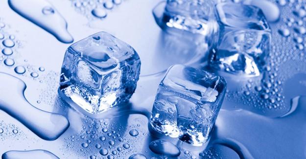 Göbeğinize Buz Koyduğunuzda Öyle Bir Şey Oluyor ki!
