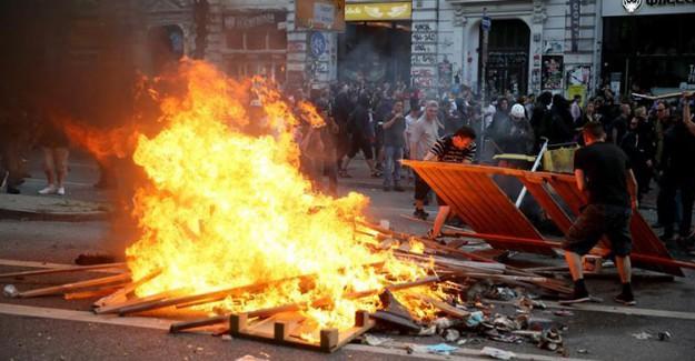 Göstericiler Hamburg'u Ateşe Verdi