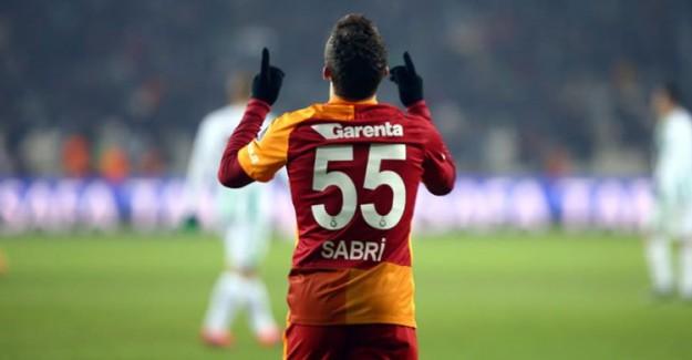 Göztepe Sabri Sarıoğlu'yla Anlaştı