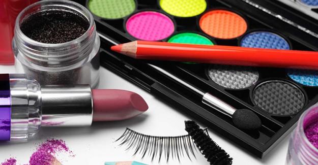 Güzelliğiniz İçin Onlarca Para Harcamadan Kolayca Uygulanabilen Bakım Önerileri!