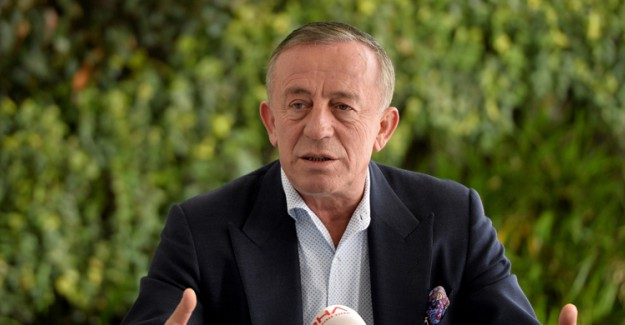 Hazal Mesudiyeli'den Ali Ağaoğlu Hakkında Bomba İddia!