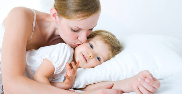 İlk 24 Hafta Bebekle Birlikte Uyursanız Bakın Ne Oluyor!