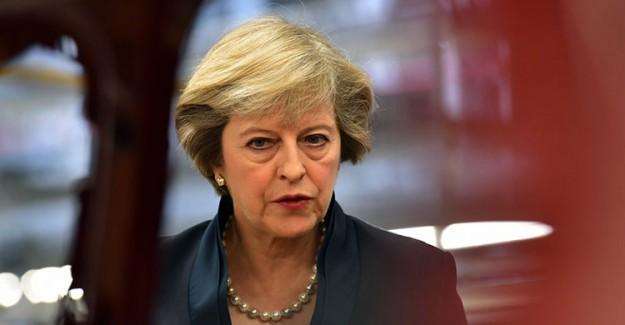 İngiltere Başbakanı May Koltuğundan Olabilir!