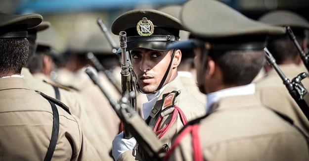 İran Askeri Birliğine Ateş Açıldı! 4 Ölü 8 Yaralı