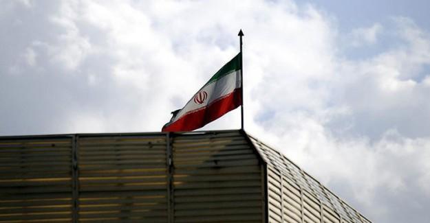 İran'da Şok! Havuz Partisinde 65 Genç Gözaltına Alındı!