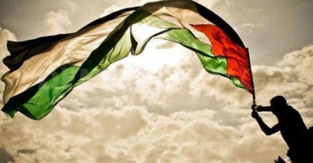 İsrail Filistin'de 311 Kişiyi Katletti