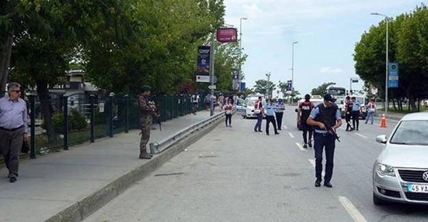 İstanbul'da Giriş Çıkışlar Tutuldu!