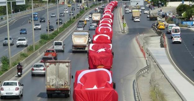 İşte Türk Bayraklarıyla Donatılmış O Konvoy!