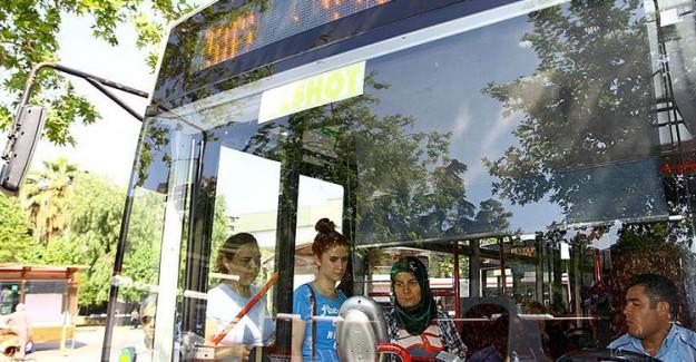 İzmir'de 15 Temmuz'da Toplu Taşıma Ücretsiz Olacak