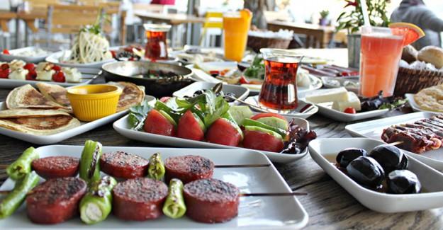 Kahvaltıda Tükettiğiniz Bu Besinler Kilo Aldırıyor!