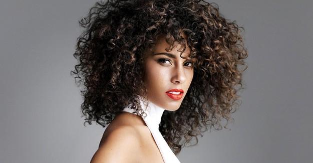 Kıvırcık Saç Bakımı Nasıl Olmalıdır?