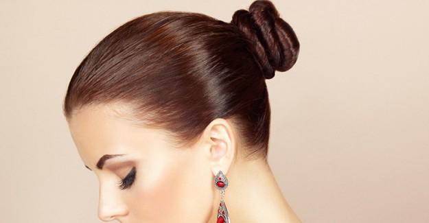 Kolayca Balerin Topuzu Yapmanıza Yardımcı Olacak Saç Toplama Yöntemleri!