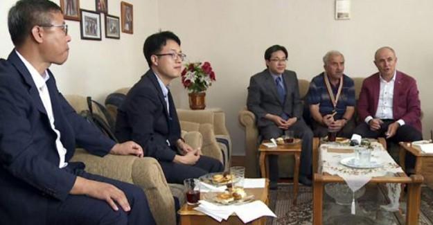 Kore'den Kore Gazilerine Minnet! Önlerinde Eğildiler