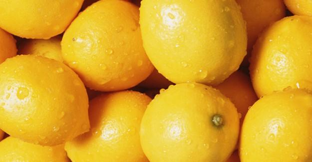 Limonu Sıcak Suya Attığınızda Bakın Ne Oluyor!