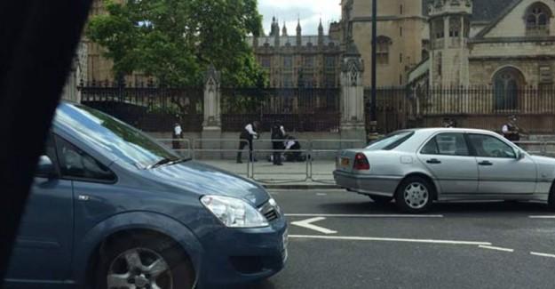 Londra Parlamentosu'nda Silah Sesleri Duyuldu!