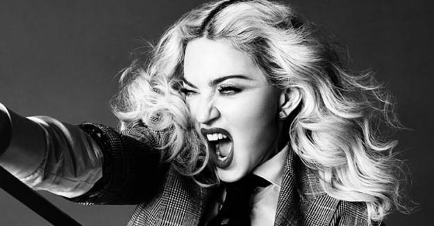 Madonna Herkesi Şaşırttı!