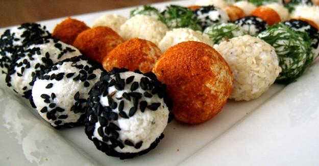 Masalarınızı Şenlendirecek Peynirli Top Tarifleri!