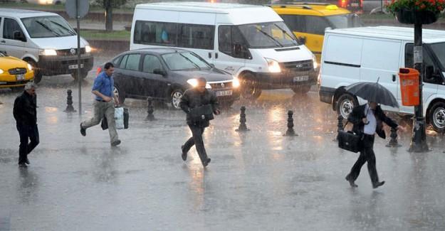 Meteoroloji İstanbulluları Uyardı! Sağanak Yağmur Devam Edecek