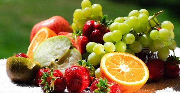 Meyvelerin Gücüyle Hem İçten Hem de Dıştan Güneşin Tüm Yararlarını İçinize Çekin!