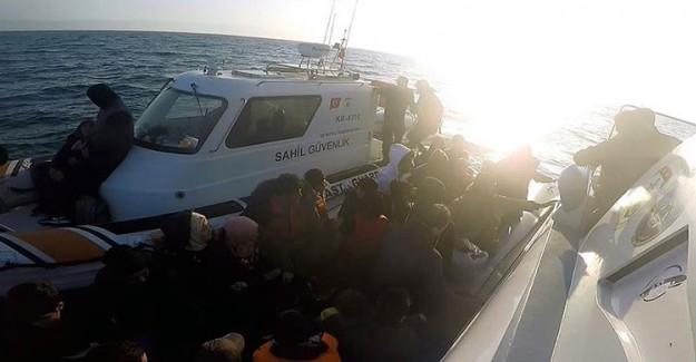 Midilli'ye Geçmeye Çalışan 99 Suriyeli Yakalandı!