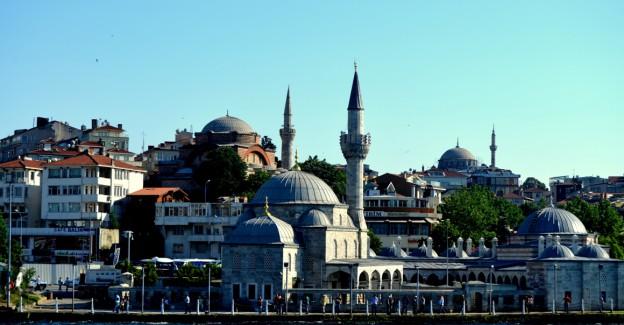 Mimar Sinan'ın Şahane Eseri 'Kuşkonmaz Camii'