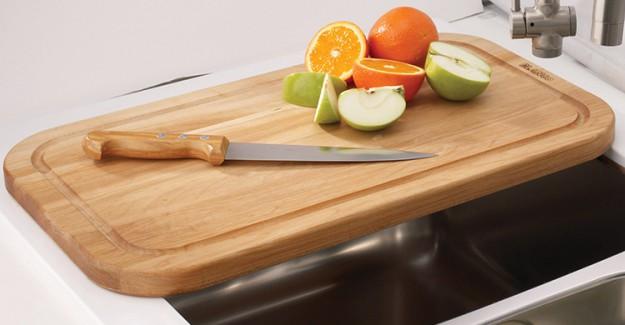Mutfak Tahtasını Kullandıktan Sonra Bunları Yapmanız Gerekiyor!