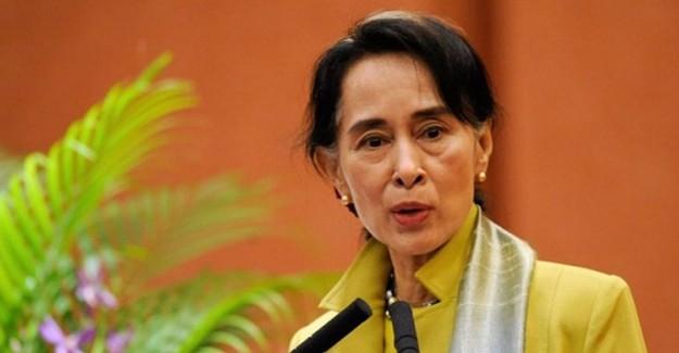 Nobel 'Barış' Ödüllü Aung'dan Küstah Açıklama: Myanmar Olayları Sahte!