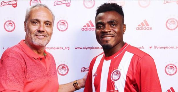 Olympiakos Emenike'yi Açıkladı