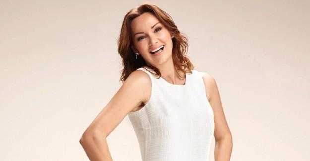 Pınar Altuğ 43 Yaşına Girdi!