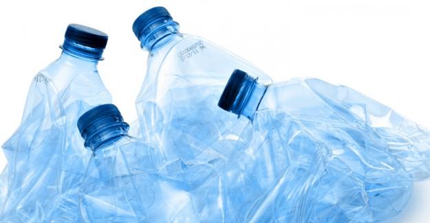 Plastiklerin Saçtığı Tehlikeye Dikkat!
