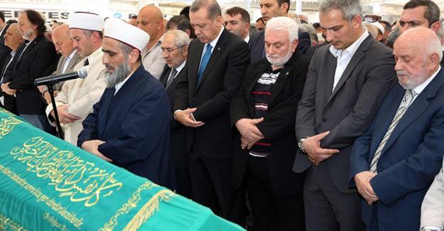 Reis-i Cumhur Erdoğan Arkadaşının Cenazesine Katıldı!