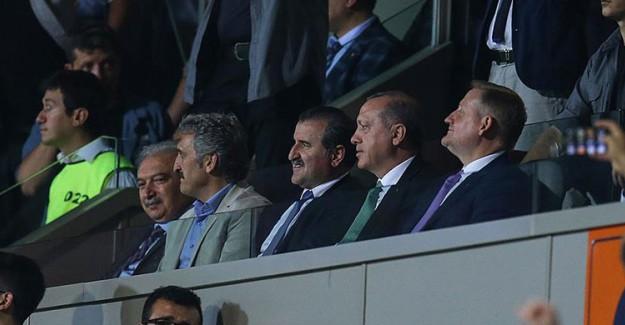 Reis-i Cumhur Erdoğan Başakşehir Maçında