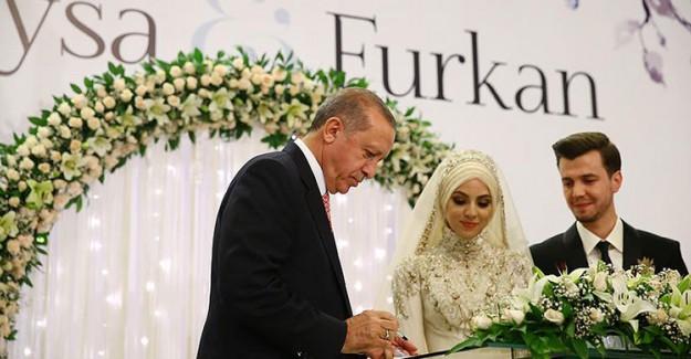 Reis-i Cumhur Erdoğan Nikah Şahidi Oldu
