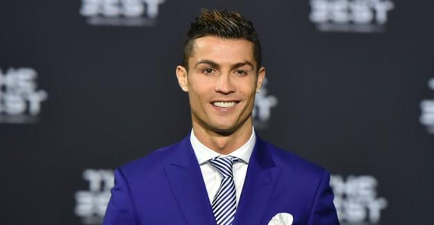 Ronaldo'dan Şoke Eden Hareket! Hamile Sevgilisini Bakın Neye Bindirdi