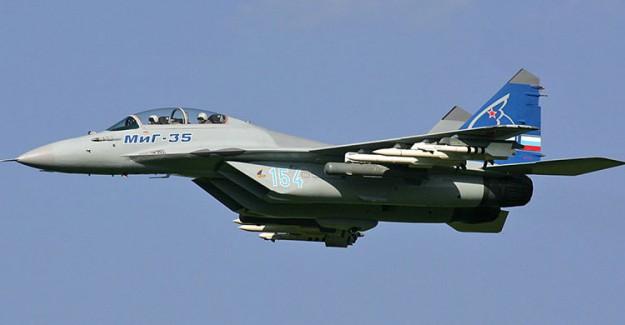 Rusya Savaş Uçağ Deyrizor'da!