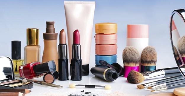 Sağlıksız Kozmetik Ürünleri Kullanmak Ciddi Hastalıklara Yol Açıyor!