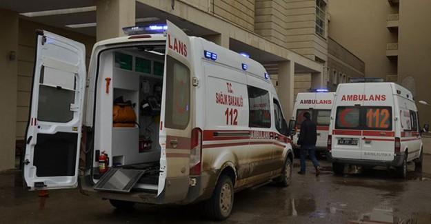 Şanlıurfa'da Feci Kaza! 5 Asker Yaralandı 2 Sivil Öldü