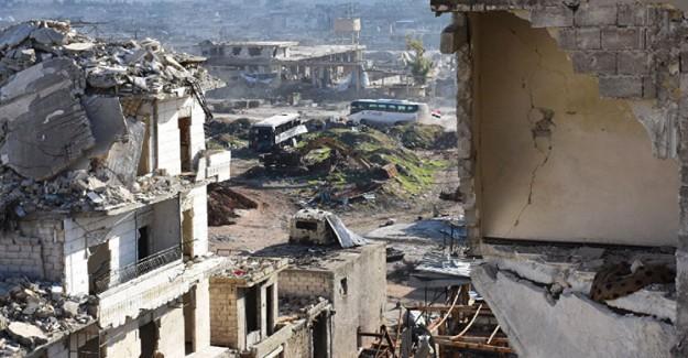 Suriye'de Hava Saldırısı: 30 Ölü !