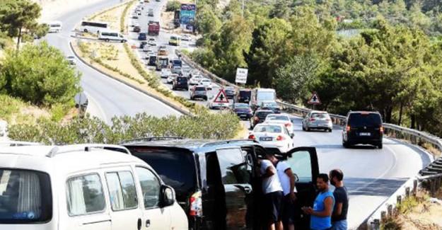 Trafik Gören Bodrum Tatilcileri Gözlerine İnanamadı!