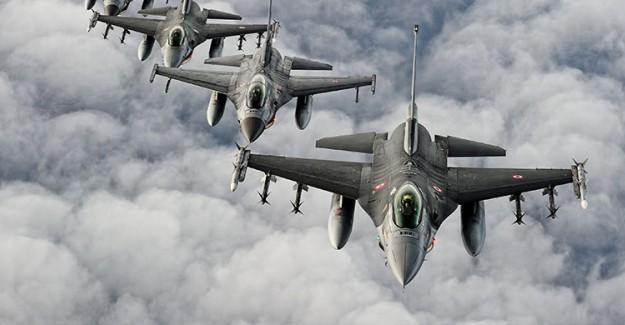 TSK Kuzey Irak'ta PKK Kamplarını Vurdu!